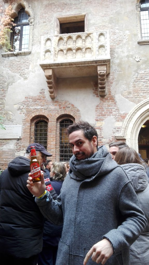 balcón Romeo y Julieta Cruzcampoman