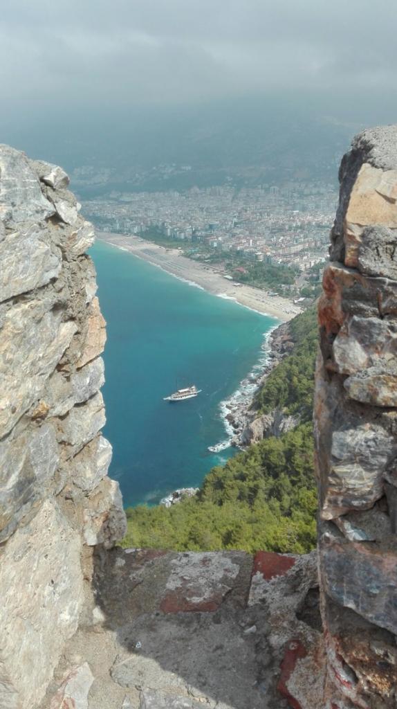paseo en barco temático Alanya